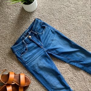 BRAND NEW AMERICAN EAGLE JEANS 6